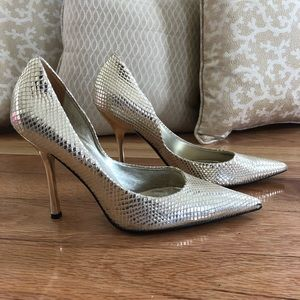 Guess heels shiny gold 7 1/2